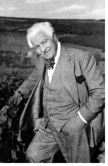 André L. Simon
